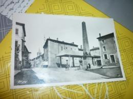 Carte Postale Ardèche Villeneuve De Berg Place De L'Obélisque - Francia