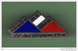 MINISTERE DE LA DEFENCE *** JO ALBERTVILLE 92 *** 1057 - Militaria
