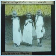 MISSIONNAIRE EN AFRIQUE ÉQUATORIALE - Glasplaten