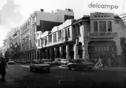 Grande Photo -  FES - FEZ - MAROC -  Grande Rue , Magasin SCALI - Lieux
