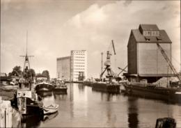 ! DDR Ansichtskarte Anklam, Hafen, Harbour, Schiffe, Ships, Kran - Anklam