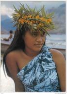 Carte Postale Polynésie Française Tahiti Jeune Tahitienne  Trés Beau Plan - Tahiti