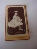 Photo Portrait D Enfant Fillette Et Sa Poupée - Sin Clasificación