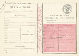 """PERMIS DE CHASSE DEPARTEMENTAL NON PLIÉ - SPECIMEN  - """" Prix : 200f - MINISTERE AGRICULTURE - FISCAL PAPIER TIMBRÉ - Historische Dokumente"""