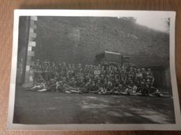 Camp  Caserne ? Grande Photo Militaire Militaria Soldats Camion Groupe De Soldats - Militaria