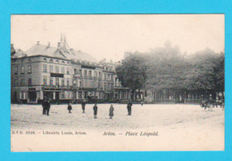 CPA ARLON : Place Léopold - Animée - Circulée Avant 1905 - DVD 11348 Librairie Louis, Arlon - 2 Scans - Arlon