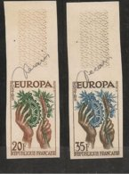 FRANCIA - FRANCE - EUROPA 1957 - SERIE  2 V.-  BORDE De HOJA - SIN DENTAR  LUJO (IMPERFORATED) Con Firma Diseñador - Europa-CEPT