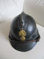 Casque Adrian Militaire  Gendarmerie ? - Hoeden
