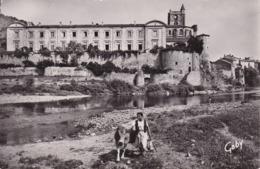 [43] Haute Loire > La Voute Chilhac Les Vieux Remparts Sur L'allier Devant Laitière Avec Vache - Otros Municipios