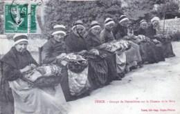 43 - Haute Loire -  TENCE - Groupe De Dentellieres Sur Le Chemin De La Mere - France