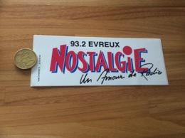 AUTOCOLLANT, Sticker «NOSTALGIE Un Amour De Radio - 93.2 EVREUX (27)» - Autocollants