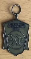 NL.- Medaille Van De 25 Km Schaatstocht De BOTSHOLTOCHT Gehouden Op 20 Januari 1985. - Organisaties