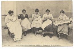 70-AILLEVILLERS-Un Groupe De Brodeuses...  Animé - France