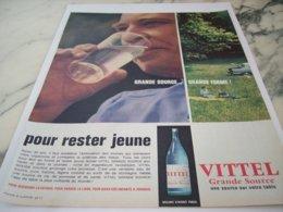 ANCIENNE PUBLICITE POUR RESTER JEUNE VITTEL  1961 - Posters