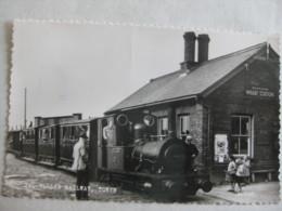 Ta-Y-Llyn Railway, Towyn Station - Posted 1964 - Real Photographic - Bahnhöfe Mit Zügen
