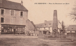 CPA:SAINTE GENEVIÈVE (12) ÉPICERIE AUX 100000 ARTICLES PLACE DU MONUMENT AUX MORTS.ÉCRITE - France