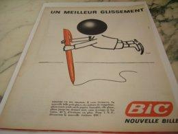 ANCIENNE PUBLICITE UN MEILLEUR GLISSEMENT STYLO BIC 1961 - Other Collections