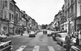 PACY SUR EURE - Rue Isambard (CPSM Petit Format) - Pacy-sur-Eure
