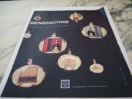 ANCIENNE PUBLICITE BOISSON LA BENEDICTINE 1961 - Alcohols