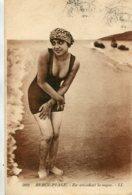 FRANCE - Berck-Plage.  En Attendant La Vague By LL 1922 - Berck
