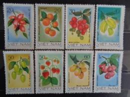 VIETNAM 1981  Y&T N° 297 à 304 ** - FRUITS - Vietnam