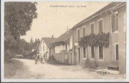 CPA - 39 - Jura - Villers Farlay -  La Poste * Animée - Villers Farlay
