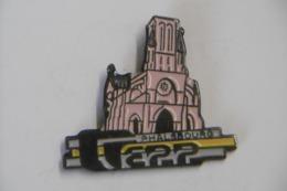 Pin's - Ville PHALSBOURG L'Eglise 57 MOSELLE - Villes
