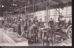 HAUTE-MARNE – NOGENT-en-BASSIGNY – Intérieur D'une Fabrique De Coutellerie - Nogent-en-Bassigny