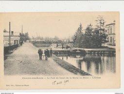 51 CHALONS SUR MARNE LE PONT DU CANAL DE LA MARNE AU RHIN L ECLUSE AVEC PENICHE ET CHEVAUX CPA BON ETAT - Châlons-sur-Marne