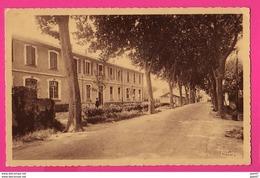CPA  (Ref: Z 1299) JONQUIERES 84 (84 VAUCLUSE) Les écoles - France