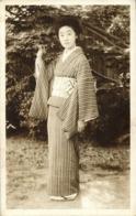 Japan, Beautiful Geisha Lady In Striped Kimono On Clogs (1920s) Postcard - Japan