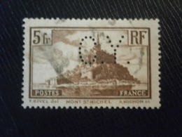 FRANCE TIMBRE MONT SAINT MICHEL 260 CY382 PERFORE PERFORES PERFIN PERFINS PERFORATION PERFORIERT LOCHUNG PERFORATI PERCE - Perforés