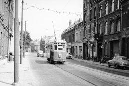Lille. Dépôt Du Lion D'Or. Tramways Ligne HI. Cliché Jacques Bazin. 05-08-1964 - Tramways