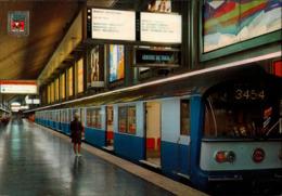 ! Modern Postcard, Paris Metro Regional, Station Charles De Gaulle-etolie, Underground, U-Bahn - Subway