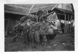 PHOTO ORIGINALE CHAR BLINDE ET SOLDATS FORMAT 9 X 6.50 CM - Krieg, Militär
