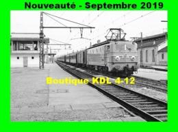 AL 605 - Train - Loco CC 7125 En Gare De MORET-LES-SABLONS - Seine Et Marne - SNCF - Trains