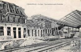 France - 08 - Charleville - La Gare - Vue Intérieure Après L' Armistice - Charleville