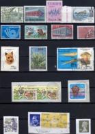 UN LOT De 55 Timbres + 12 Lettres MONDE-thèmes Divers OBLITERES + Un Entier Pologne-cadeau / Détails à Voir........ - Briefmarken