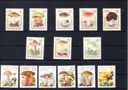Alemania Nº 1613-20 Y 2210-15 Tema Setas, Series Completas En Nuevo. 10,50 € - Hongos