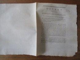 DECRET DE LA CONVENTION NATIONALE DU 11 OCTOBRE 1792 QUI ORDONNE QUE LES COMMUNAUX EN CULTURE CONTINUERONT JUSQU' A L'EP - Decrees & Laws