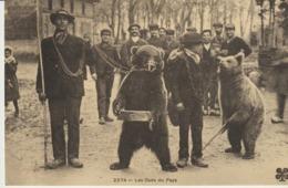CP - LES OURS DU PAYS - MONTREURS D'OURS - REPRODUCTIONS - 1195 - CECODI - C'ÉTAIT LA FRANCE - Artisanat