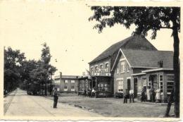 Poppel NA3: Café De Grens - Ravels