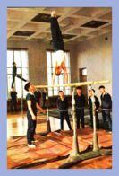 CPM - Palais Des Etudiants Et Des Pionniers - Pyongyang (Corée Du Nord) - Les Membres Du Cercle Sportif Raffermissent Le - Corée Du Nord