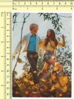 1970s Couple In Love Romantique Woman & Man Amoureux Homme Et Femme Se Tiennent La Main RPPC Vintage Orig. Postcard PC - Coppie