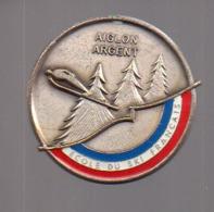 REF : MON1 : Badge Médaille AIGLON D'ARGENT Ecole De Ski Français - Sports D'hiver