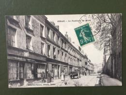 SEDAN-  Le Faubourg Du Ménil - Sedan