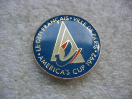 Pin's Du Défi Francais, Ville De PARIS, American's Cup 1992 - Barcos