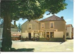 SAINT MORE - La Place - Café - Bar - Alimentation - France