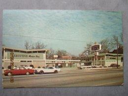 Cp Amérique état Unis FAYETTEVILLE Executive Motor Inn 333 Person Street  - Voiture Ford Mustang  Vers 1970 - Fayetteville