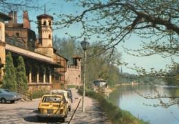 Fiat 126,Renault R4,Torino/Turin,Il Castello Medioevale E Il Flume Po, Gelaufen - Passenger Cars